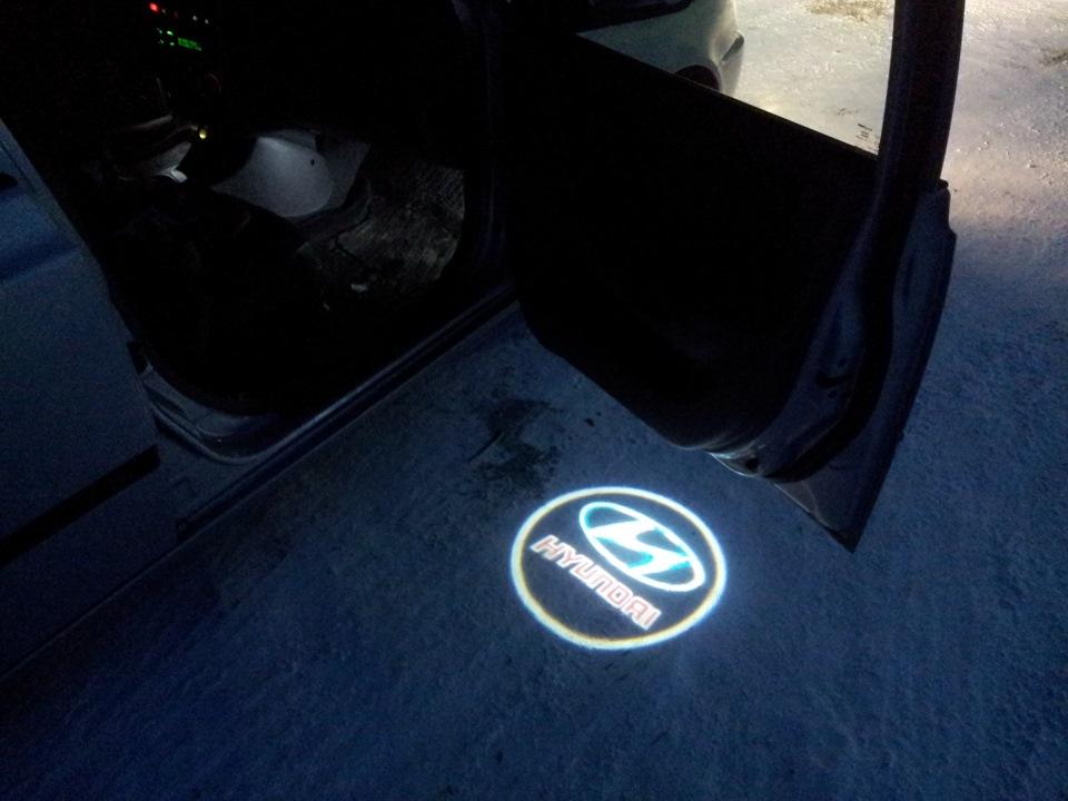 Логотип авто в дверь