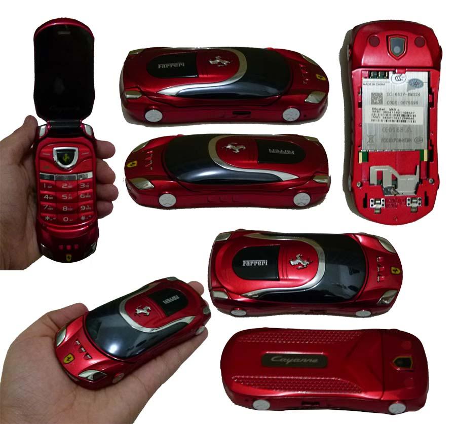 Мобильный в форме машины