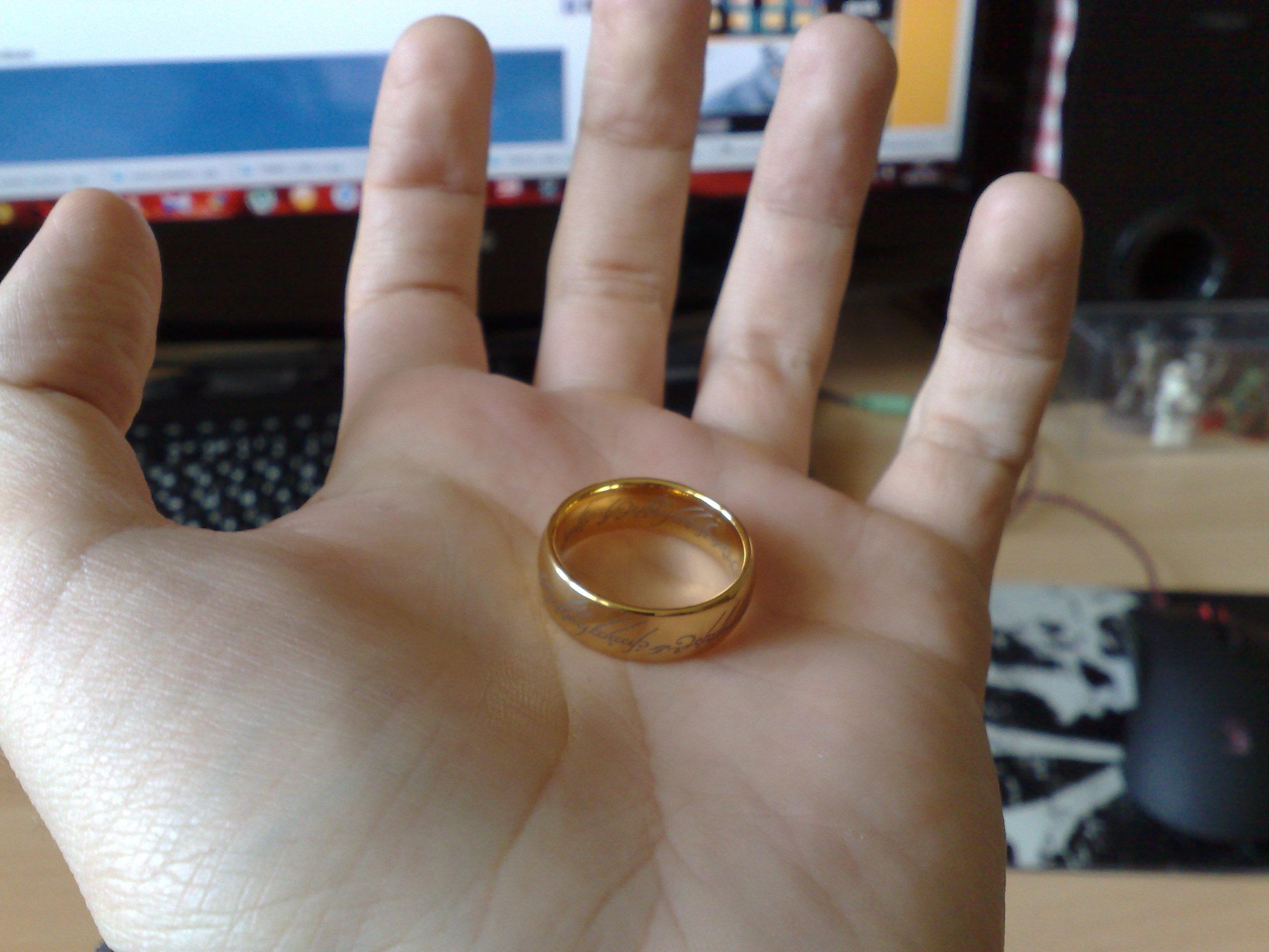 Тип материала  Кольцо Всевластия из фильма Властелин колец (Lord of the  Rings)   Обзор товаров, прикольные и необычные товары, вещи, штуки, ... 5a848bc3b4e