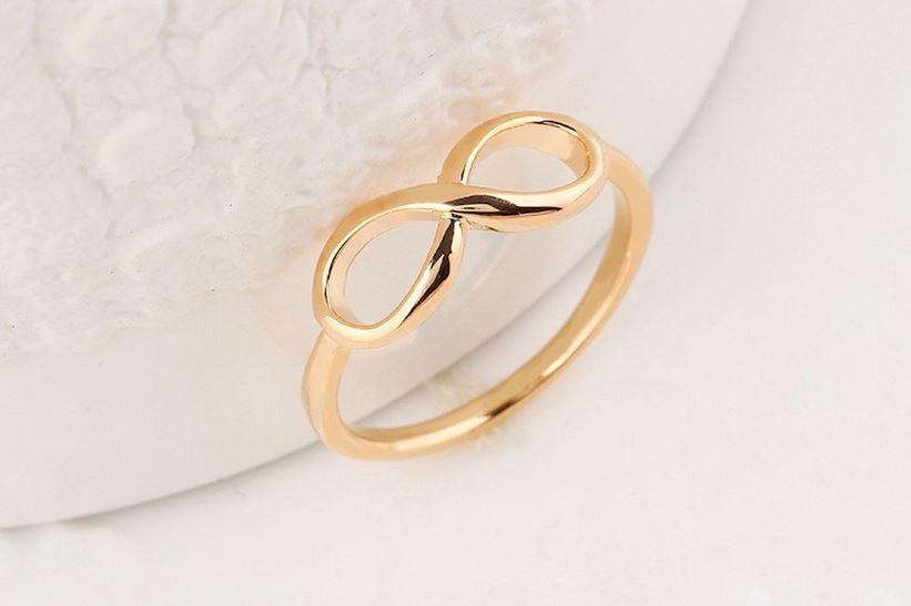 сколько стоит кольцо со знаком бесконечности